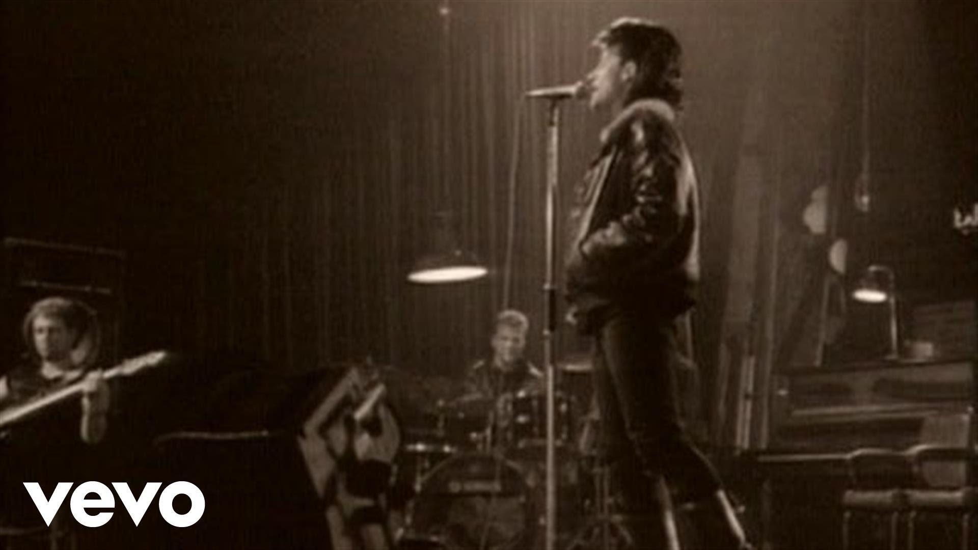 Letra Original Y Traducida De U2 Pride In The Name Of Love